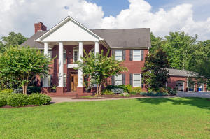 131 Twin Oaks Drive, Rockwood, TN 37854