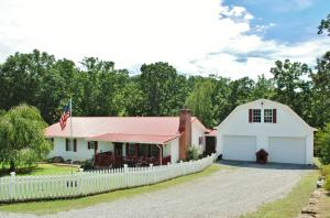 477 Central View Rd, Andersonville, TN 37705