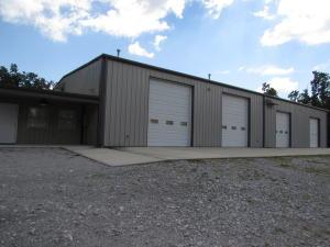 1079 Bristow Rd, Crossville, TN 38571