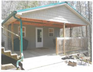 2837 River Road, Tellico Plains, TN 37385