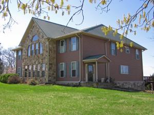 2011 Mars Hill Rd, Talbott, TN 37877