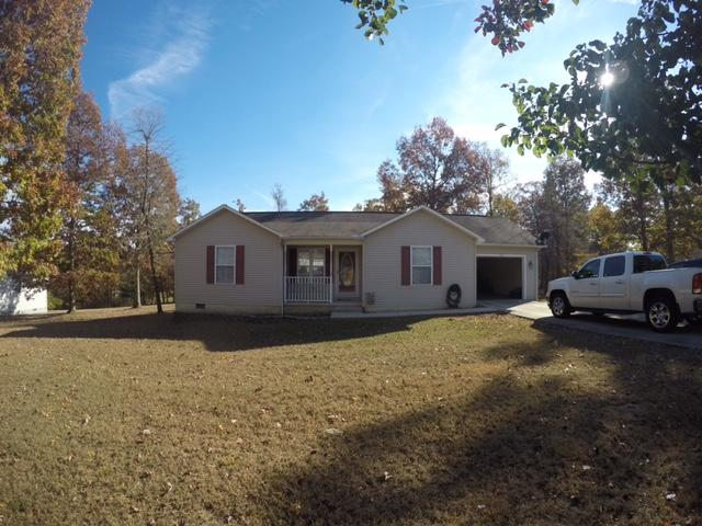 105 Grace Hill, Crossville, Tennessee, United States 38571, 3 Bedrooms Bedrooms, ,2 BathroomsBathrooms,Single Family,For Sale,Grace Hill,983742