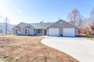 1415 Pine Creek Rd, Knoxville, TN 37932
