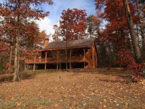 426 Unicoi Lakes Rd, Tellico Plains, TN 37385