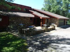 257 Fox Creek Rd, Crossville, TN 38571