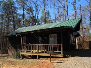 146 Eleazar Rd, Tellico Plains, TN 37385