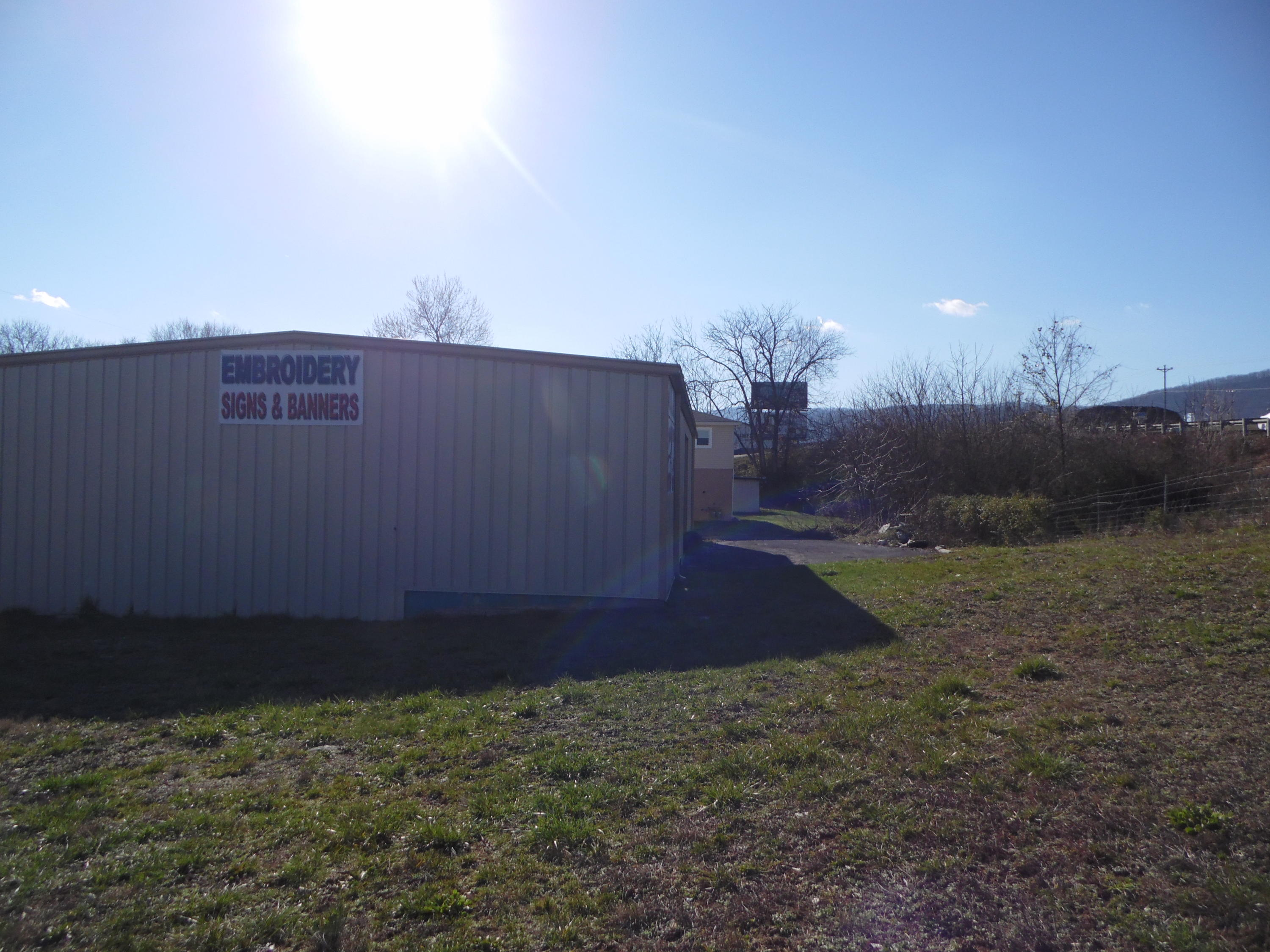 141 Gent St, Jacksboro, Tennessee 37757, ,Commercial,For Sale,Gent,992635