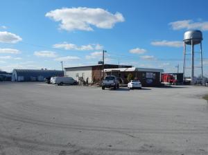 1079 Livingston Rd, Crossville, TN 38555