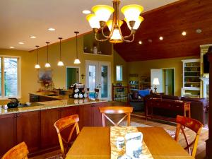 4567 RUSSELL BROTHERS, SHARPS CHAPEL, TN 37866  Photo 6