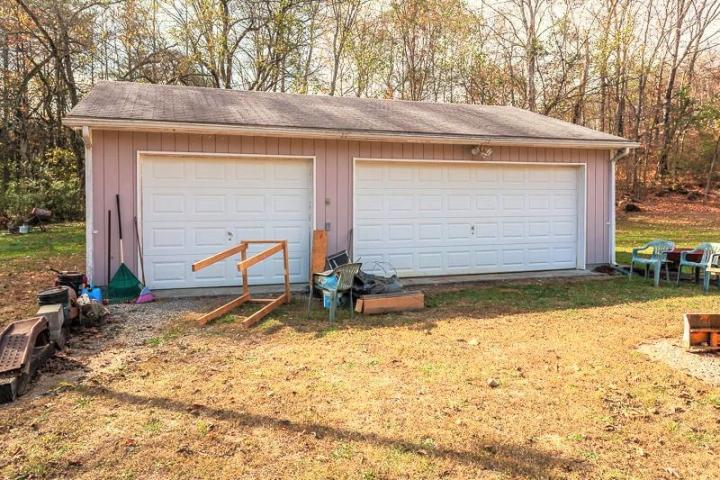 102 Bullrun Valley, Heiskell, Tennessee, United States 37754, 2 Bedrooms Bedrooms, ,2 BathroomsBathrooms,Single Family,For Sale,Bullrun Valley,996641