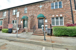 Property for sale at 415 Vine Ave Unit Apt 4, Knoxville,  TN 37902
