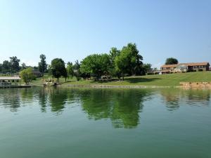 Property for sale at 1122 Lake Ridge Drive, Dandridge,  TN 37725