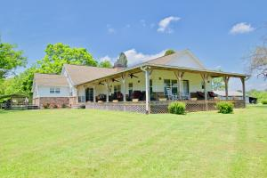 817 Calderwood Hwy, Maryville, TN 37801
