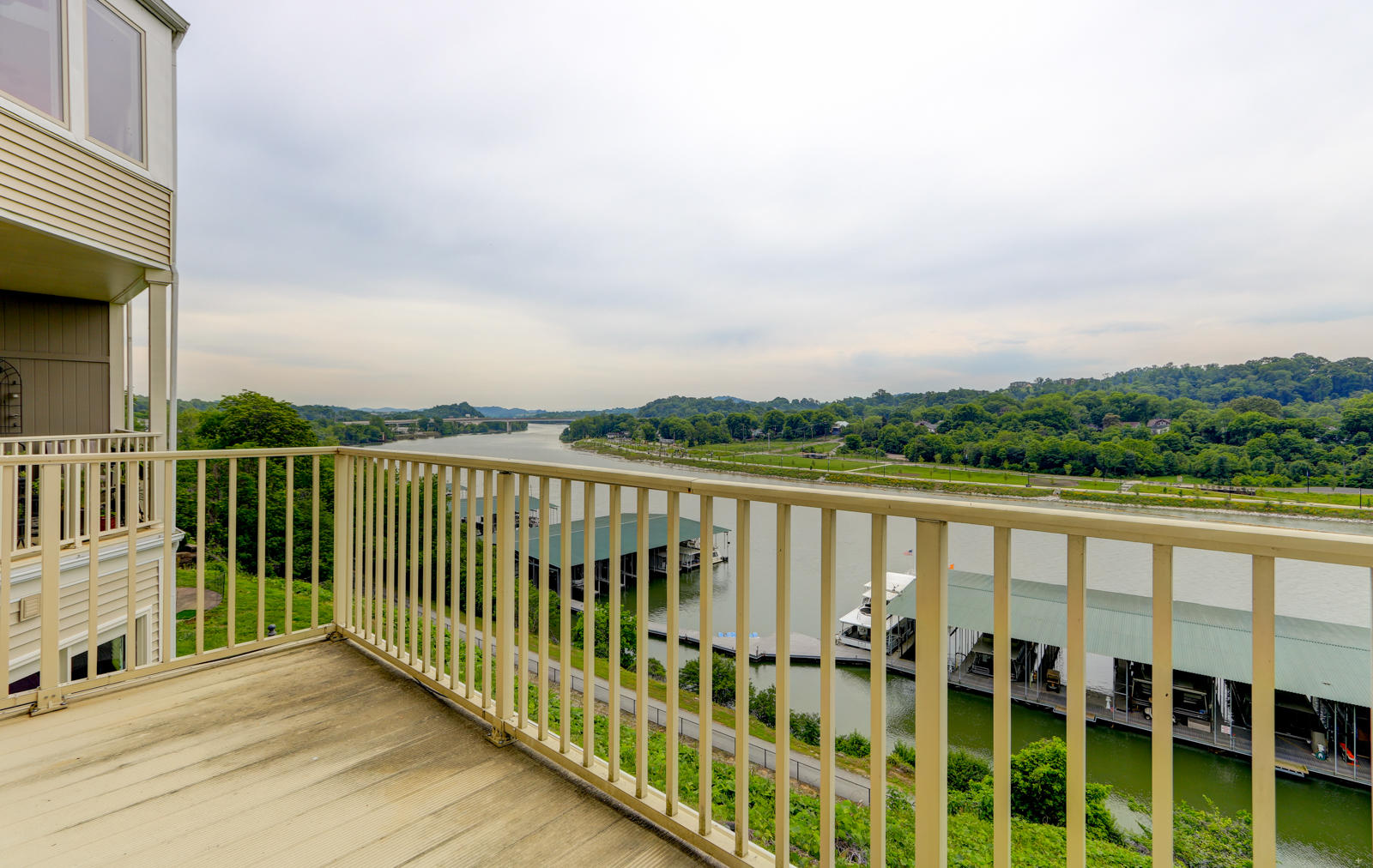 548 Riverfront Way: