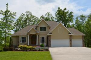 211 Little Shoe Drive, Crossville, TN 38571