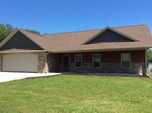 1219 Cooper Lake Rd, Oneida, TN 37841