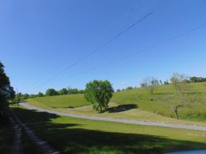 912 River Rd Rd, Church Hill, TN 37642