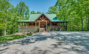 336 John Smith Rd, Oneida, TN 37841