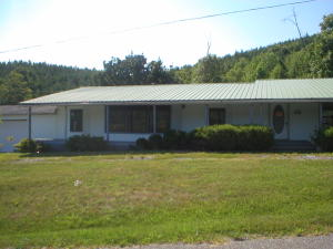 177 Martin Road Rd, Tellico Plains, TN 37385