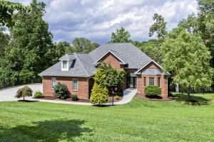 1260 Windridge Rd, Friendsville, TN 37737