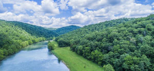 1215 Dry Valley Rd, Thorn Hill, TN 37881