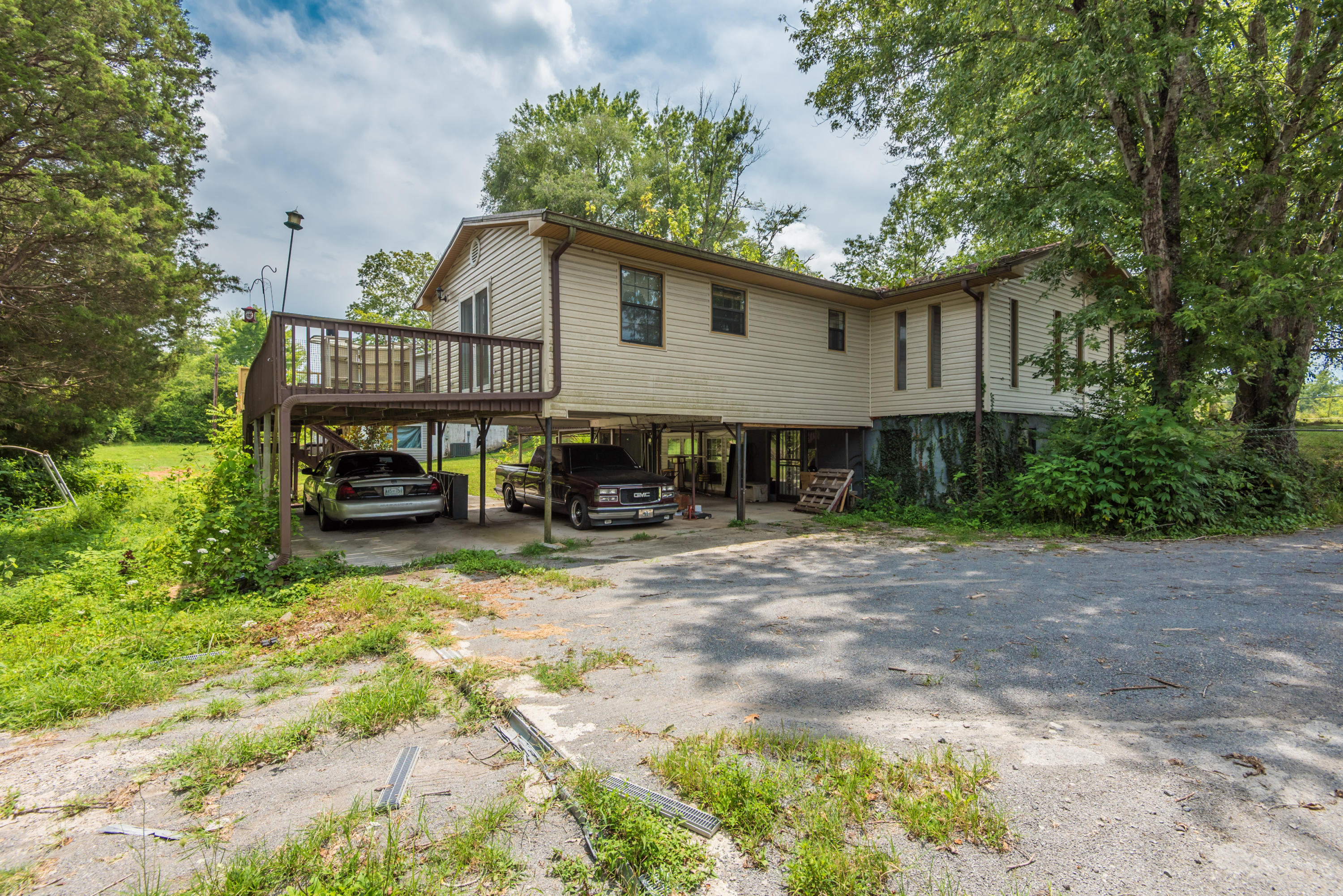 631 Bethel, Clinton, Tennessee, United States 37716, 3 Bedrooms Bedrooms, ,3 BathroomsBathrooms,Single Family,For Sale,Bethel,1012241