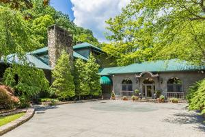 2315 Headrick Lead, Sevierville, TN 37862