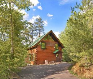 3019 Brothers Way, Sevierville, TN 37862