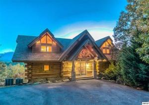 330 Pinnacle Vista Rd, Gatlinburg, TN 37738