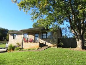 Property for sale at 1832 Clover Brook Drive, Jefferson City,  TN 37760