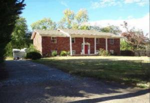 Property for sale at 407 Douglas Lane, Clinton,  TN 37716