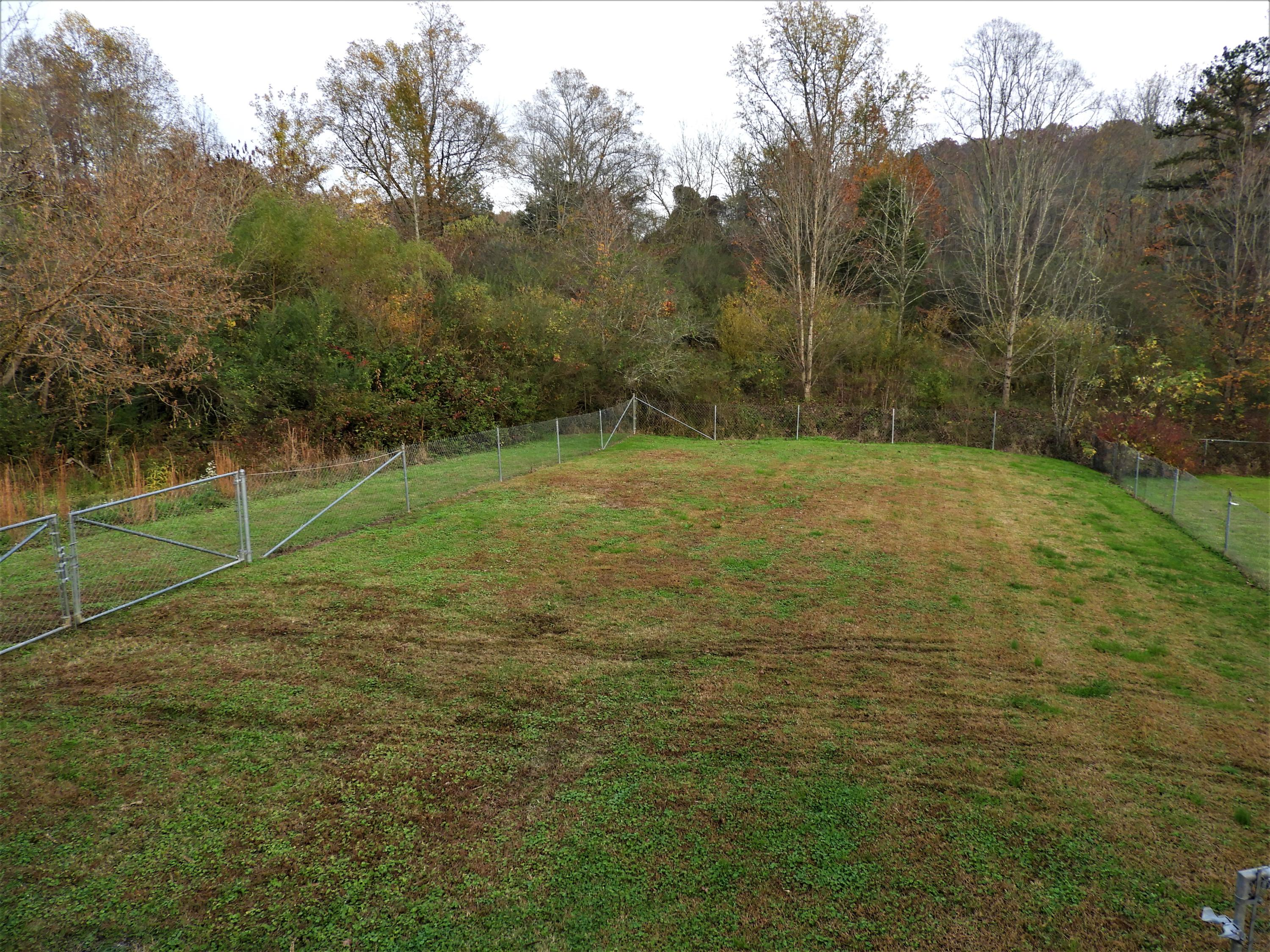 911 Kentucky St, Oliver Springs, Tennessee 37840, 3 Bedrooms Bedrooms, ,1 BathroomBathrooms,Single Family,For Sale,Kentucky,1021766