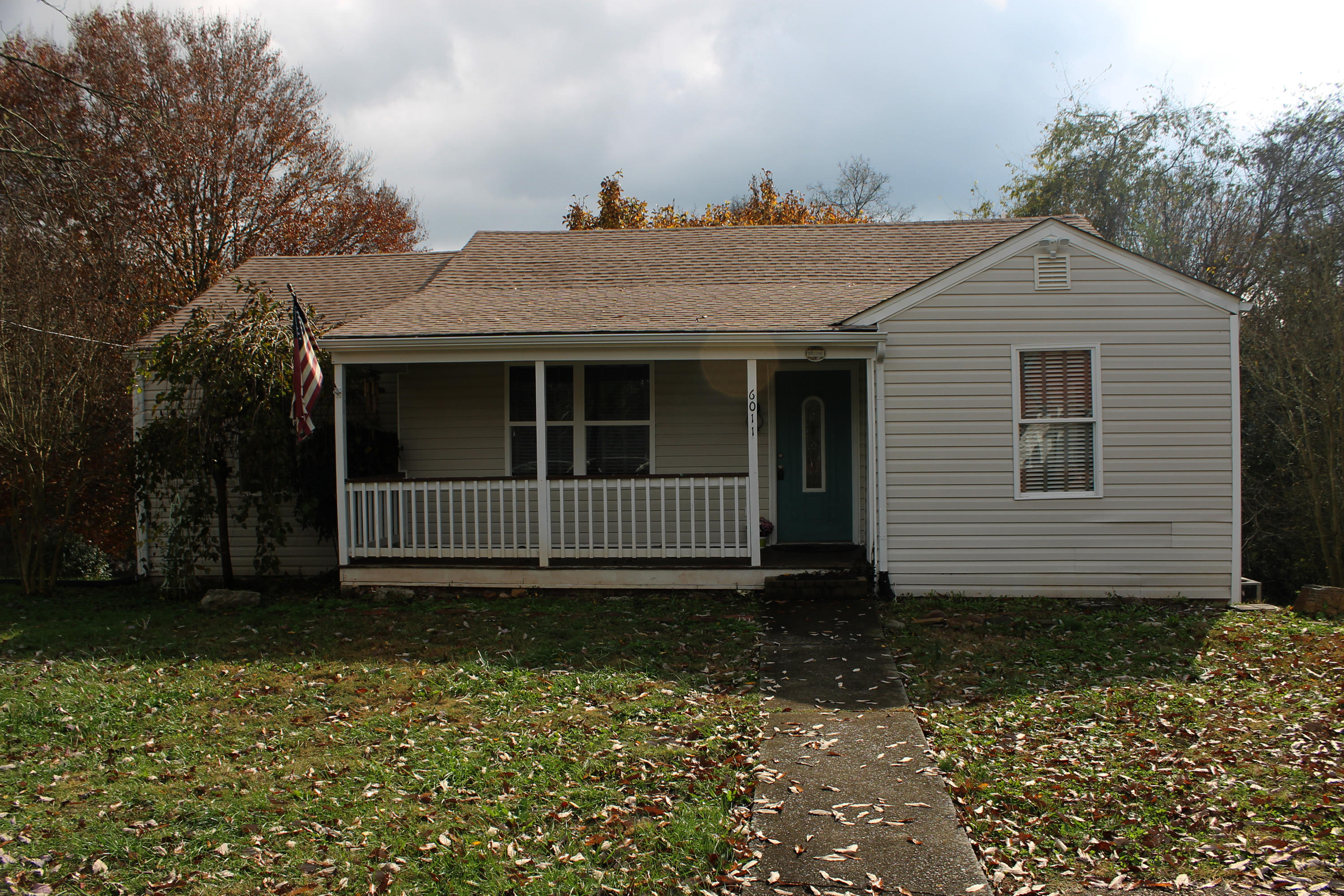 6011 Rudder Road, Knoxville, Tennessee, United States 37920, 2 Bedrooms Bedrooms, ,1 BathroomBathrooms,Single Family,For Sale,Rudder Road,1021951