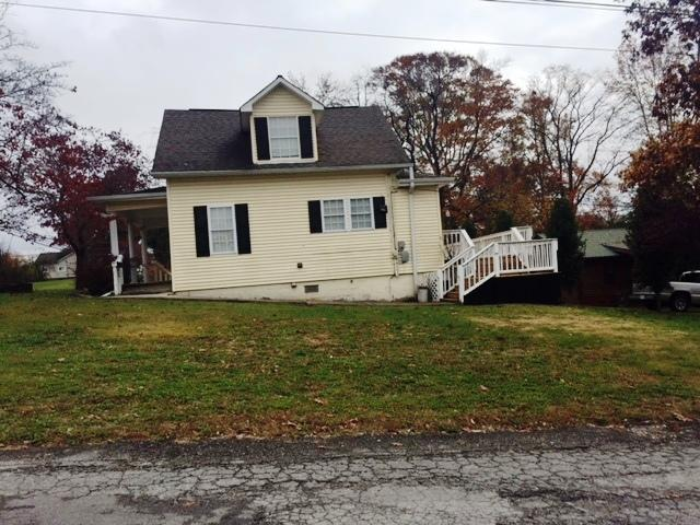 225 Third, Oneida, Tennessee, United States 37841, 3 Bedrooms Bedrooms, ,2 BathroomsBathrooms,Single Family,For Sale,Third,1022010