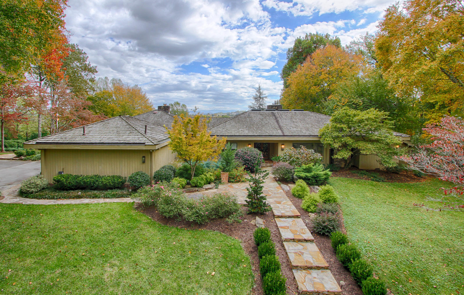 3940 TOPSIDE RD, KNOXVILLE, TN 37920