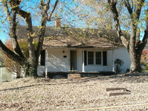 Property for sale at 633 Front St, Rockwood,  TN 37854