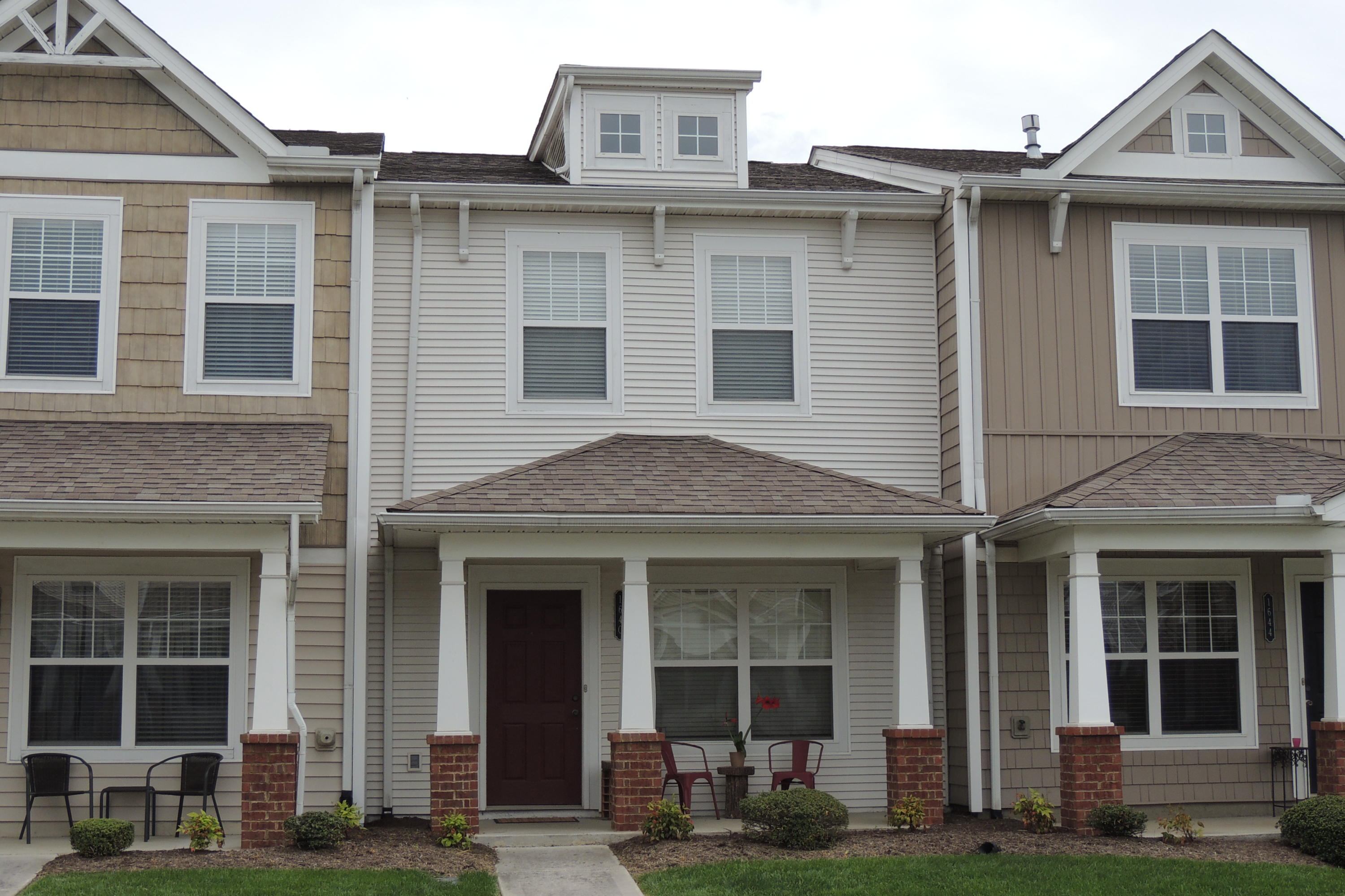 1640 Starboard, Knoxville, Tennessee, United States 37932, 2 Bedrooms Bedrooms, ,2 BathroomsBathrooms,Single Family,For Sale,Starboard,1022412