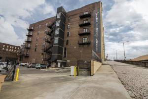 Property for sale at 220 Jackson Ave Unit Apt 302, Knoxville,  TN 37902
