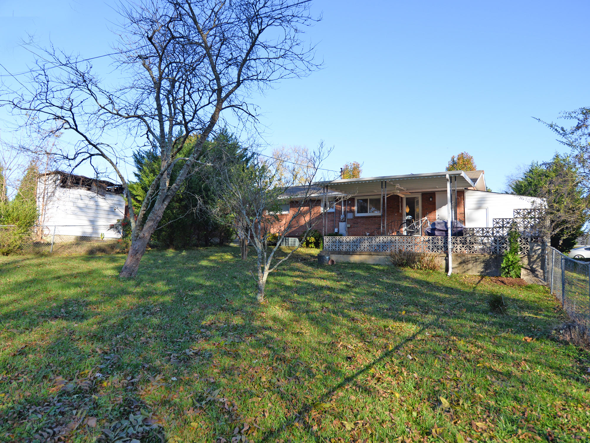 3307 Canary Ave, Knoxville, Tennessee 37920, 3 Bedrooms Bedrooms, ,1 BathroomBathrooms,Single Family,For Sale,Canary,1023997