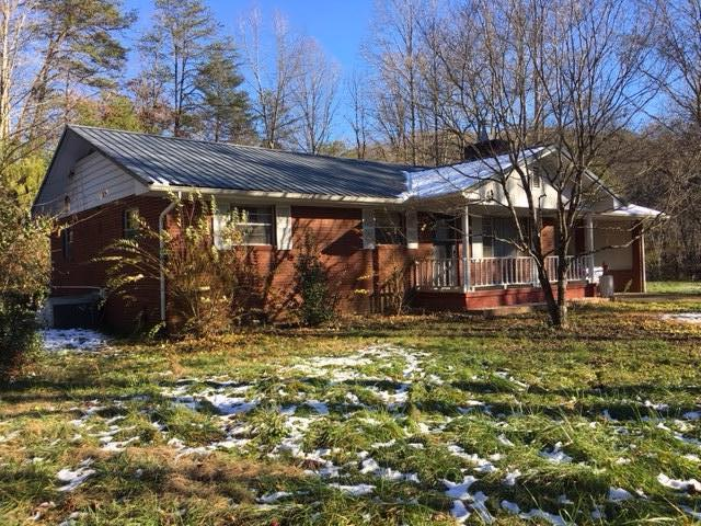 813 Gnatty Branch, Sevierville, Tennessee, United States 37876, 3 Bedrooms Bedrooms, ,1 BathroomBathrooms,Single Family,For Sale,Gnatty Branch,1024720