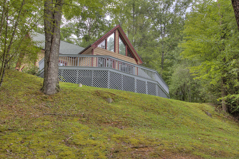 1961 Kindred, Sevierville, Tennessee, United States 37876, 2 Bedrooms Bedrooms, ,2 BathroomsBathrooms,Single Family,For Sale,Kindred,1026167