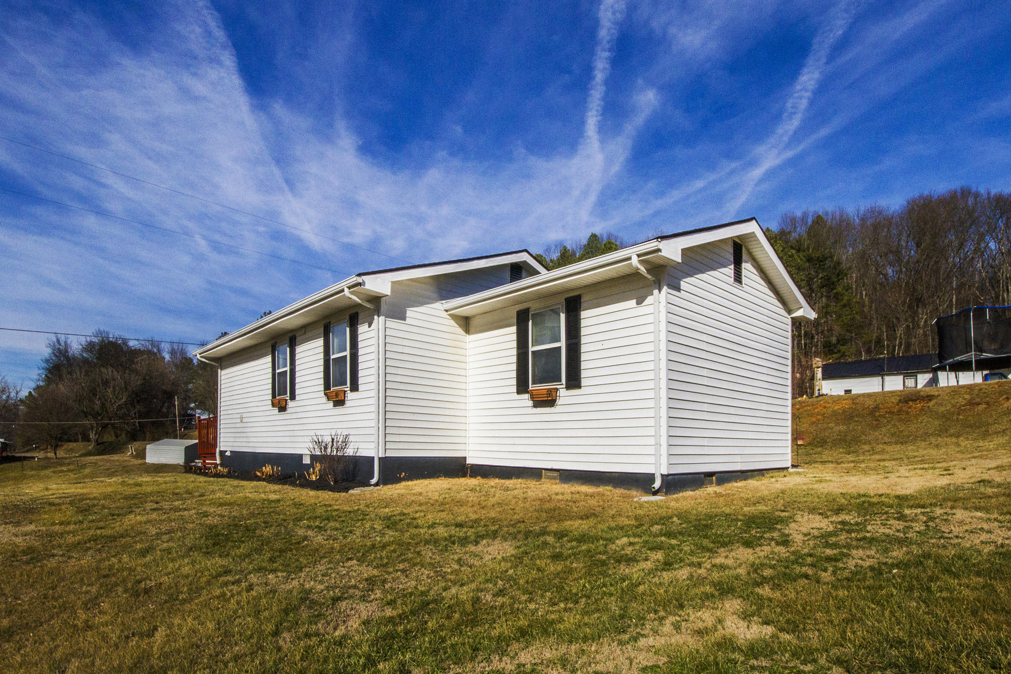 860 Highway 92, Jefferson City, Tennessee 37760, 3 Bedrooms Bedrooms, ,2 BathroomsBathrooms,Single Family,For Sale,Highway 92,1030261