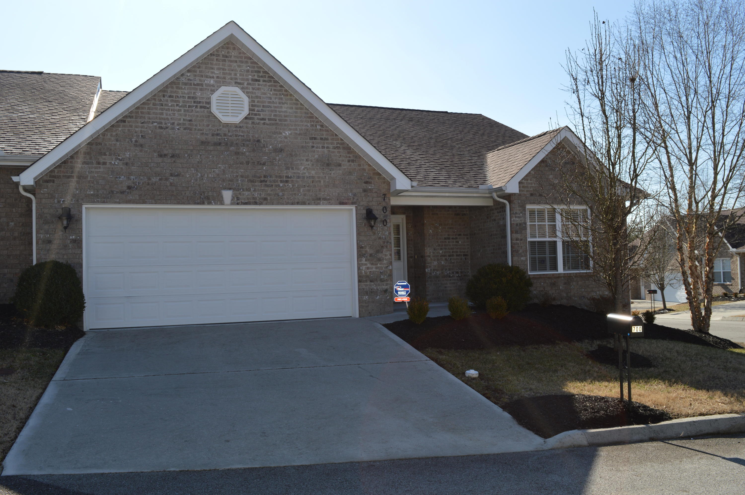 700 Sydney Bean Way, Knoxville, Tennessee 37918, 3 Bedrooms Bedrooms, ,2 BathroomsBathrooms,Single Family,For Sale,Sydney Bean,1030164