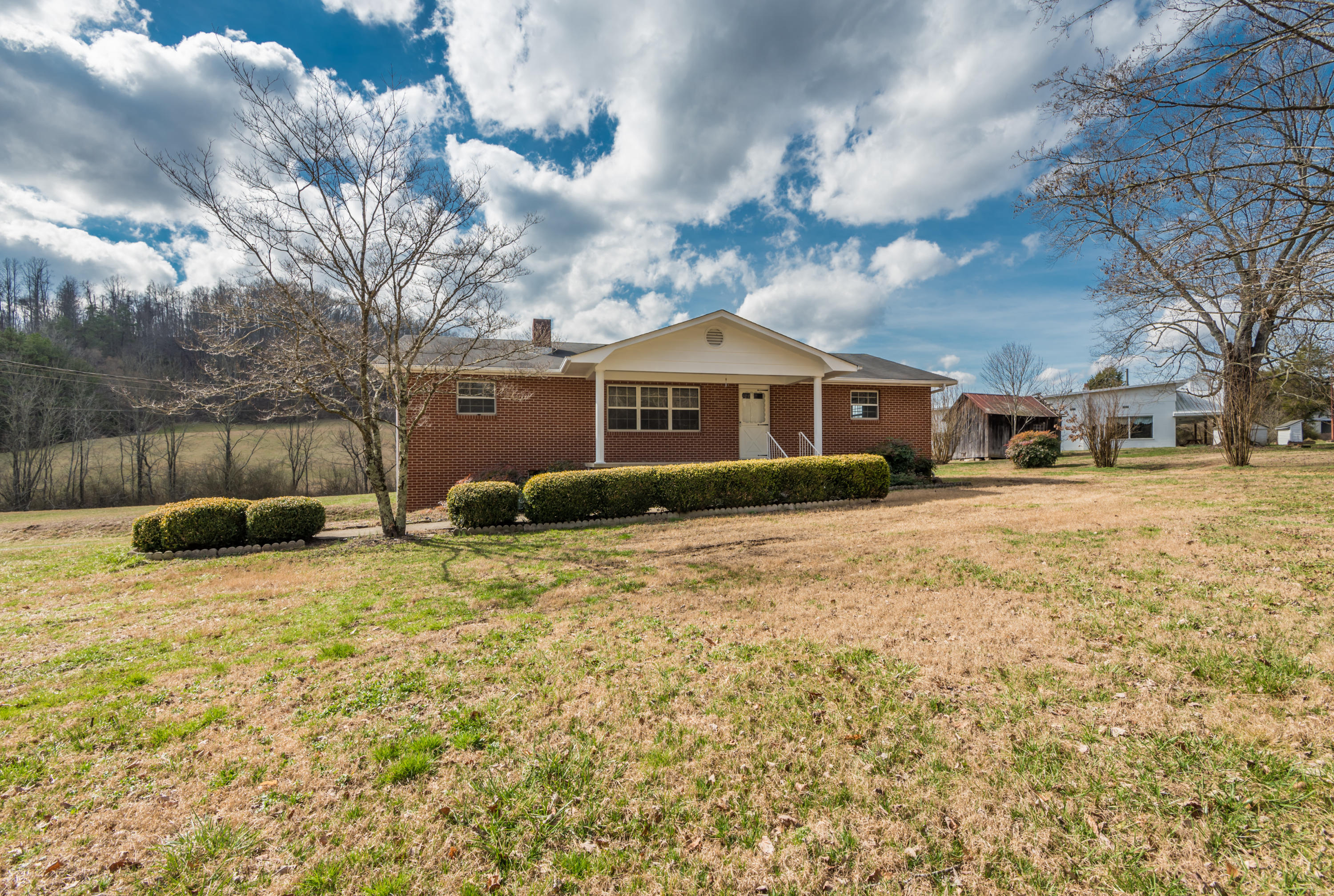 155 Raccoon Valley Tract #4 Rd, Maynardville, Tennessee 37807, 3 Bedrooms Bedrooms, ,1 BathroomBathrooms,Single Family,For Sale,Raccoon Valley Tract #4,1031401