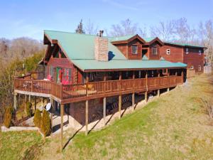Property for sale at 2072 Paradise Hills Rd, Dandridge,  TN 37725
