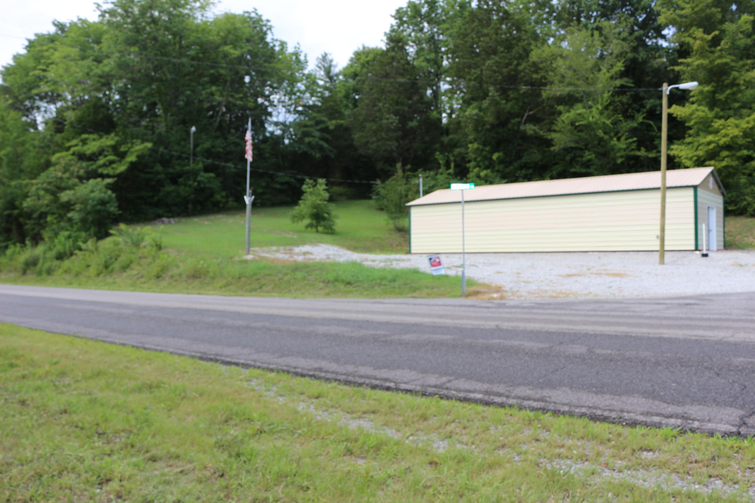926 Lovely Bluff Rd, Rocky Top, Tennessee 37769, ,Lots & Acreage,For Sale,Lovely Bluff,1033437