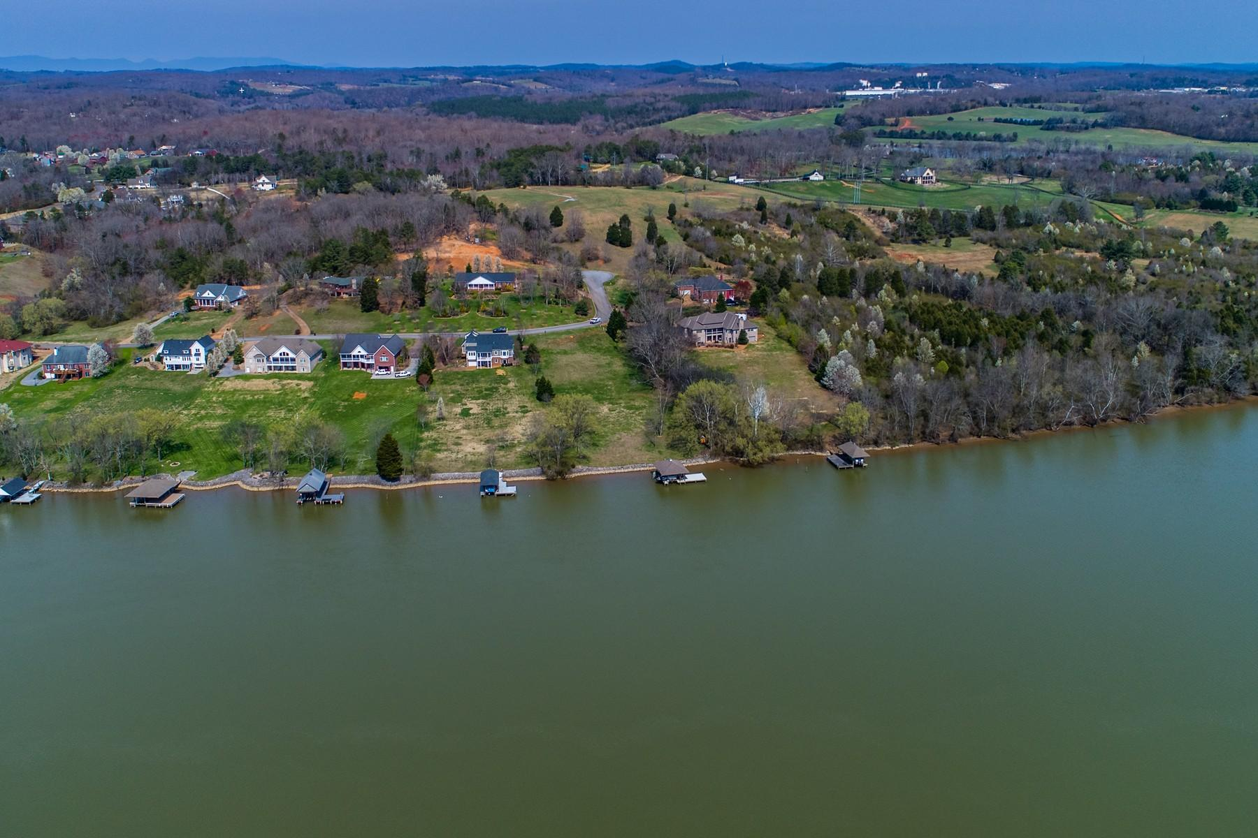 360 Rivers Edge Drive: