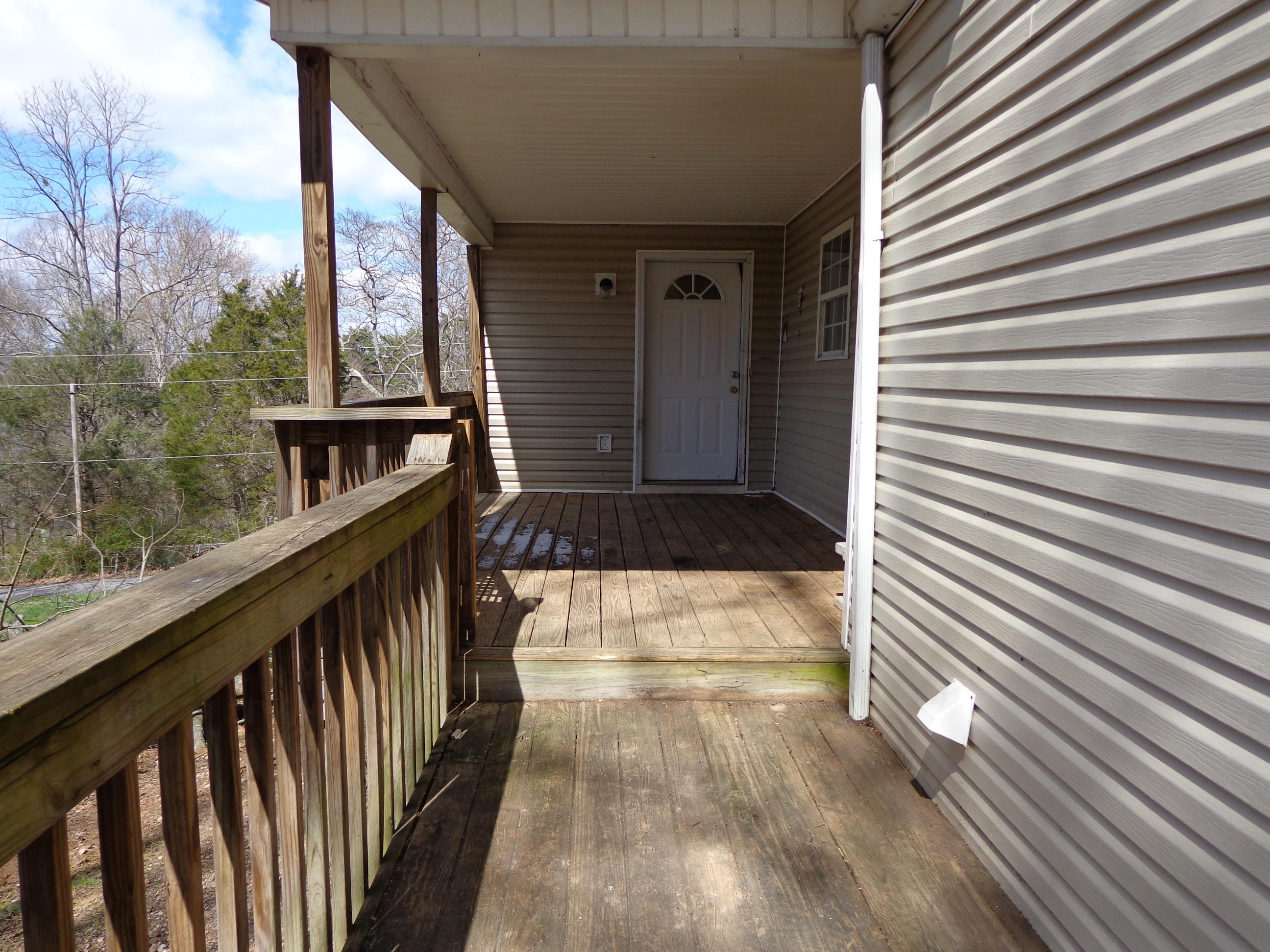 2761 Lowe, Talbott, Tennessee, United States 37877, 3 Bedrooms Bedrooms, ,2 BathroomsBathrooms,Single Family,For Sale,Lowe,1034182