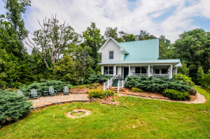 Photo for 3641 Allegheny Loop Rd