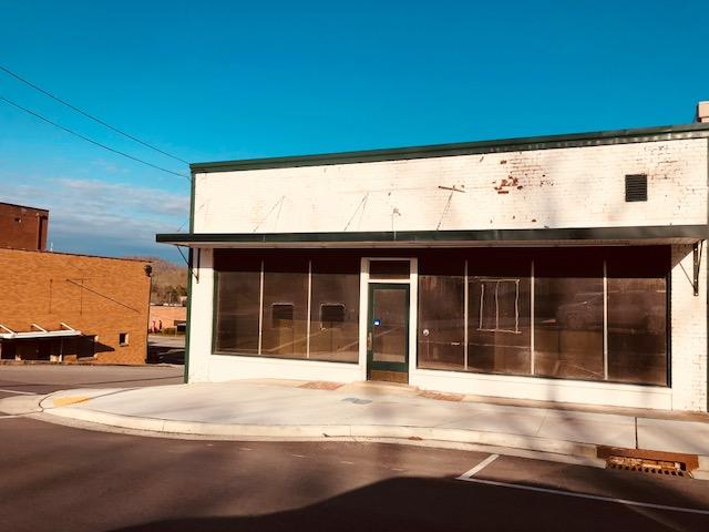 1723 Main St, Tazewell, Tennessee 37879, ,Commercial,For Sale,Main,1011248